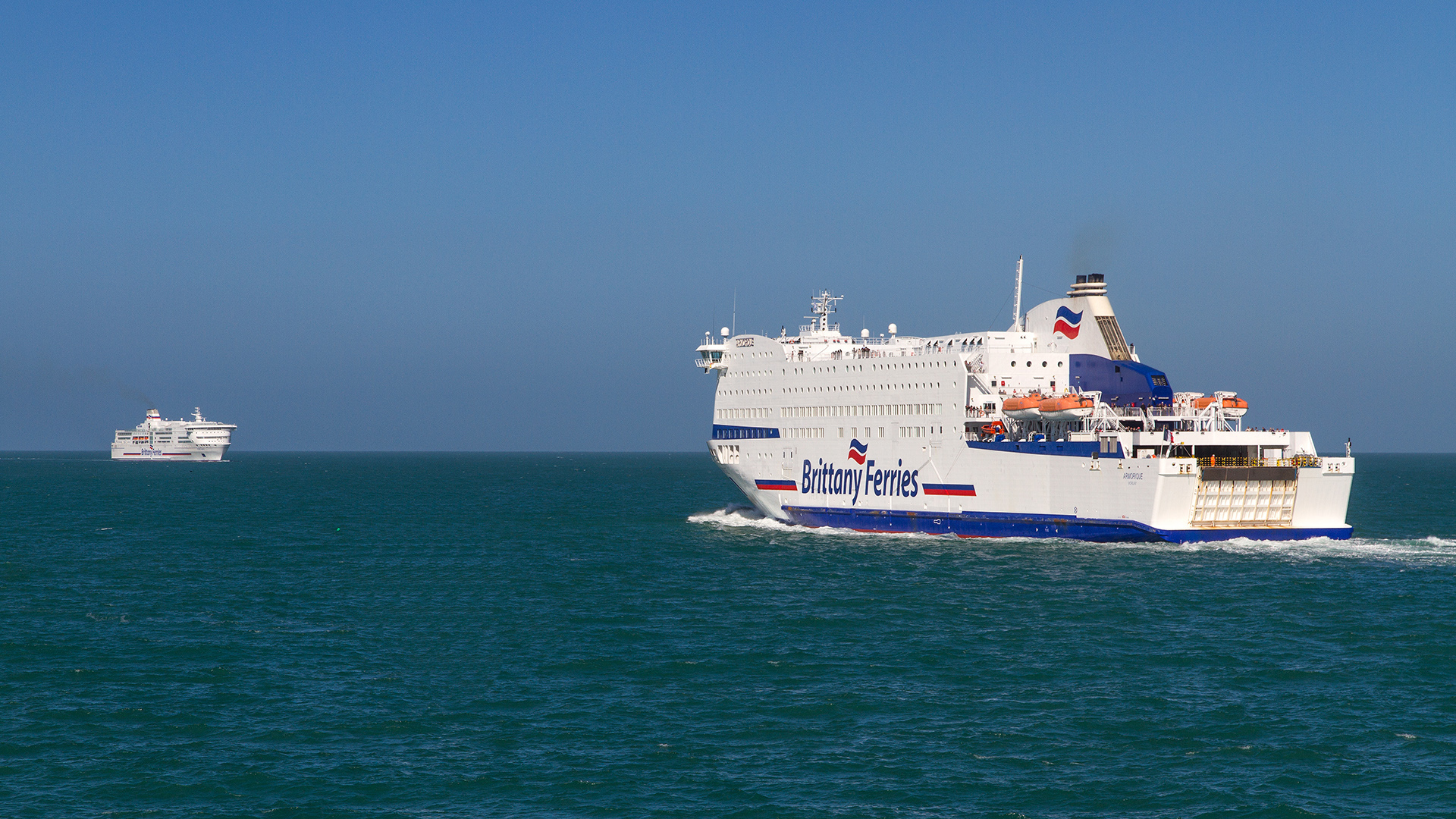 PONT-AVEN and ARMORIQUE Roscoff 180414_1 © Marko Stampehl